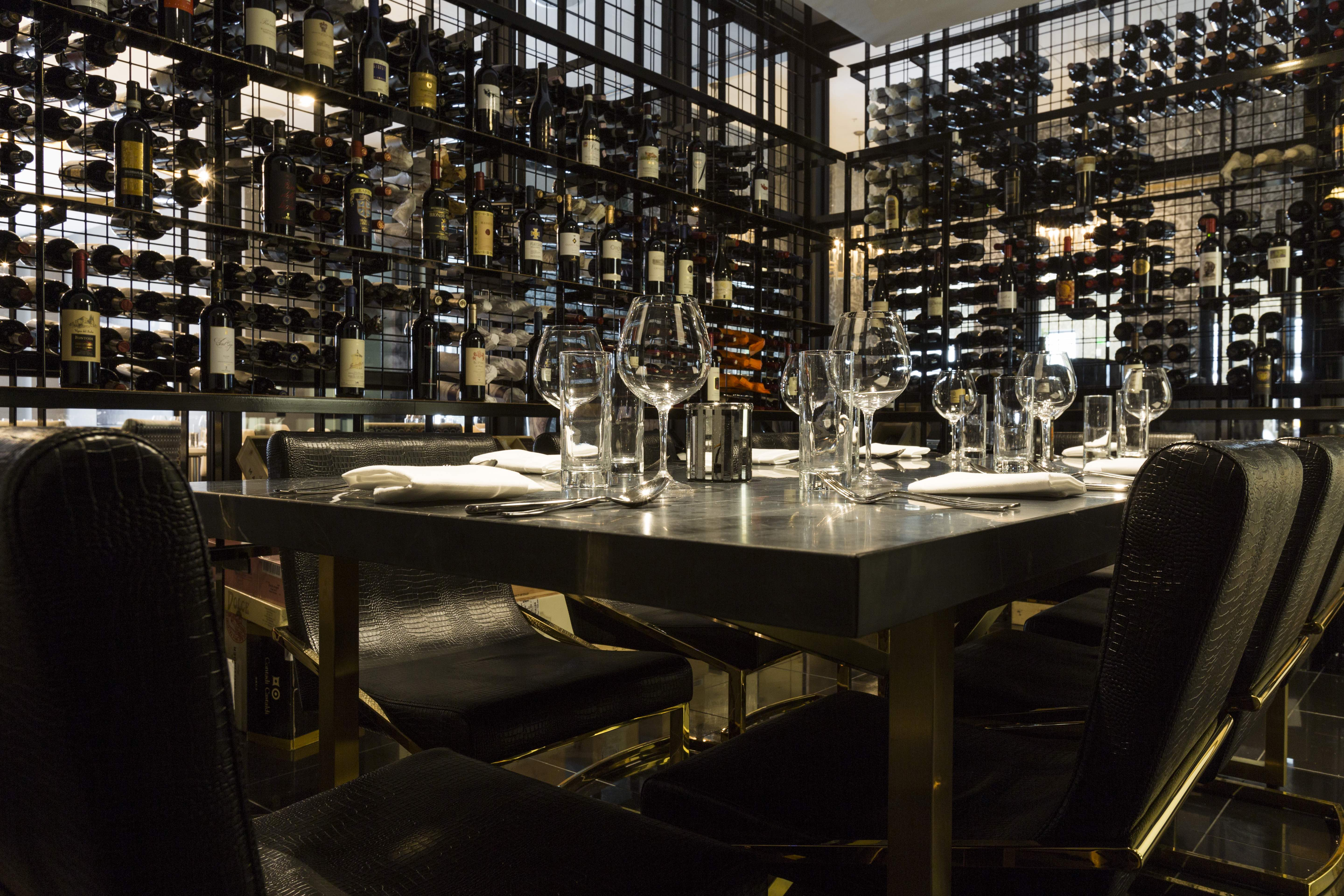 cunningham to arrange a tour of the private dining rooms or to answer any of your questions call 7132371515 or email scunninghampotentehoustoncom - Private Dining Rooms